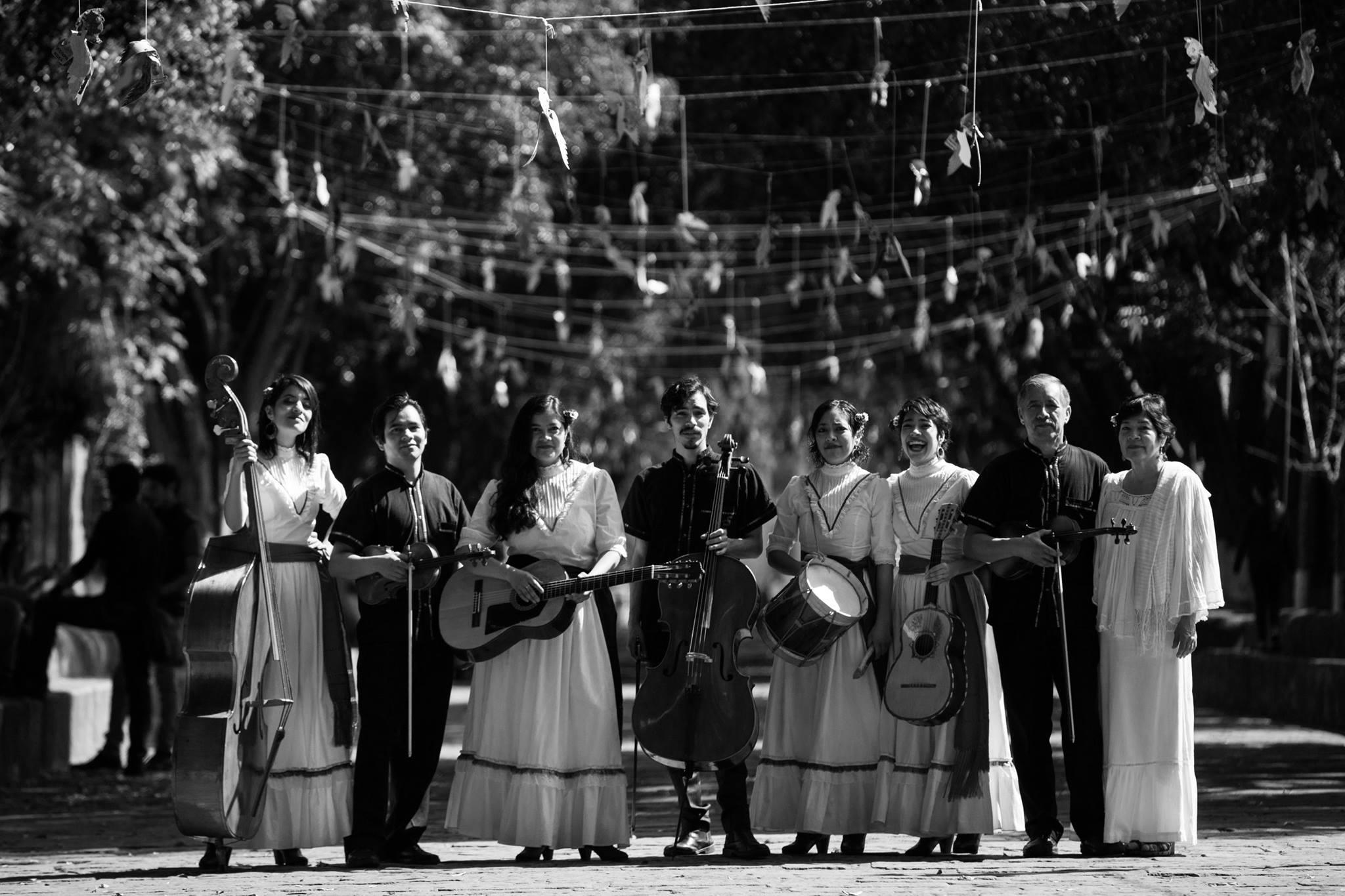 Media Luna música tradicional Michoacán